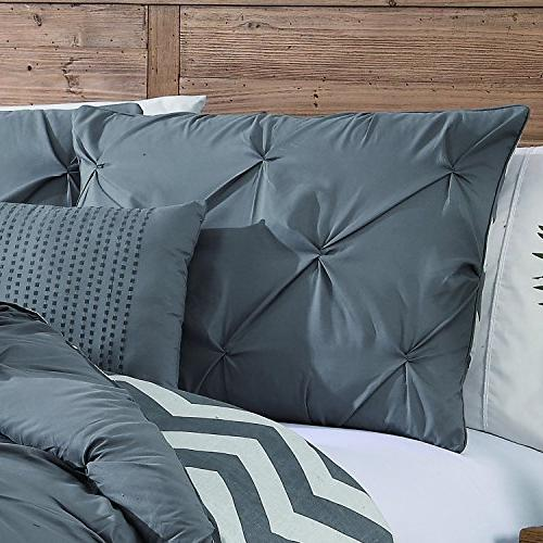 Avondale Pinch Comforter King, Grey