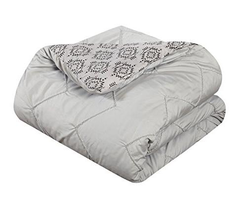 Piece Rope Pinch And A Comforter With Grey