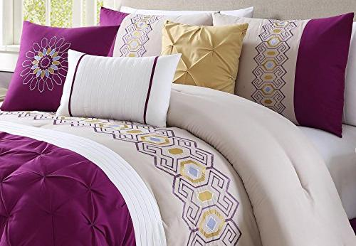 Bedding Royal Gold King accent pillows